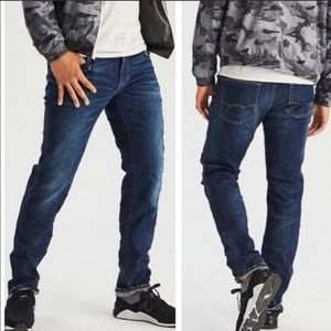 American Eagle Outfitters Extreme Flex Slim Jeans
